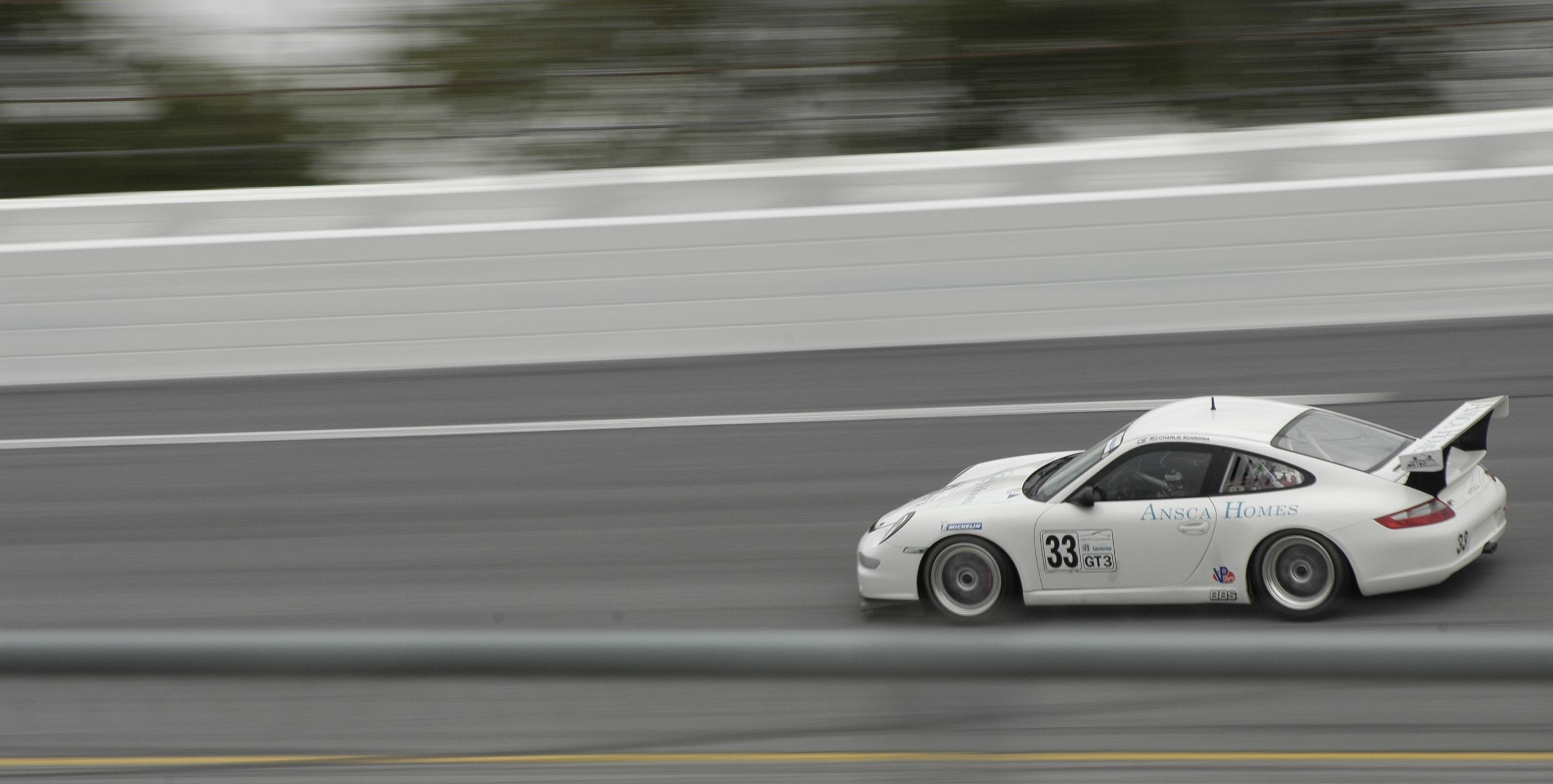 Porsche_lg_v2